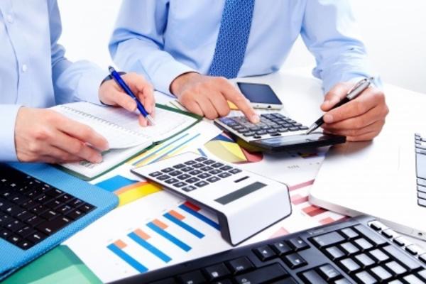 企業間取引を中心とする中堅メーカーのコスト試算