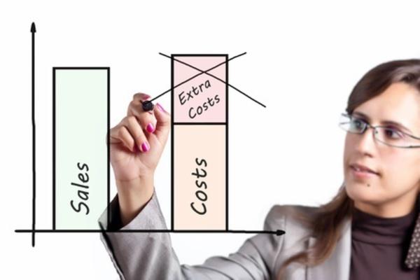 通販サイトを運営する小規模企業のコスト試算