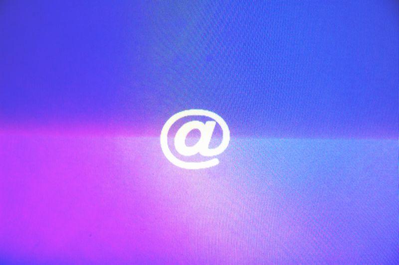 これまで使ってきたWindows メールの連絡先をインポートしたい