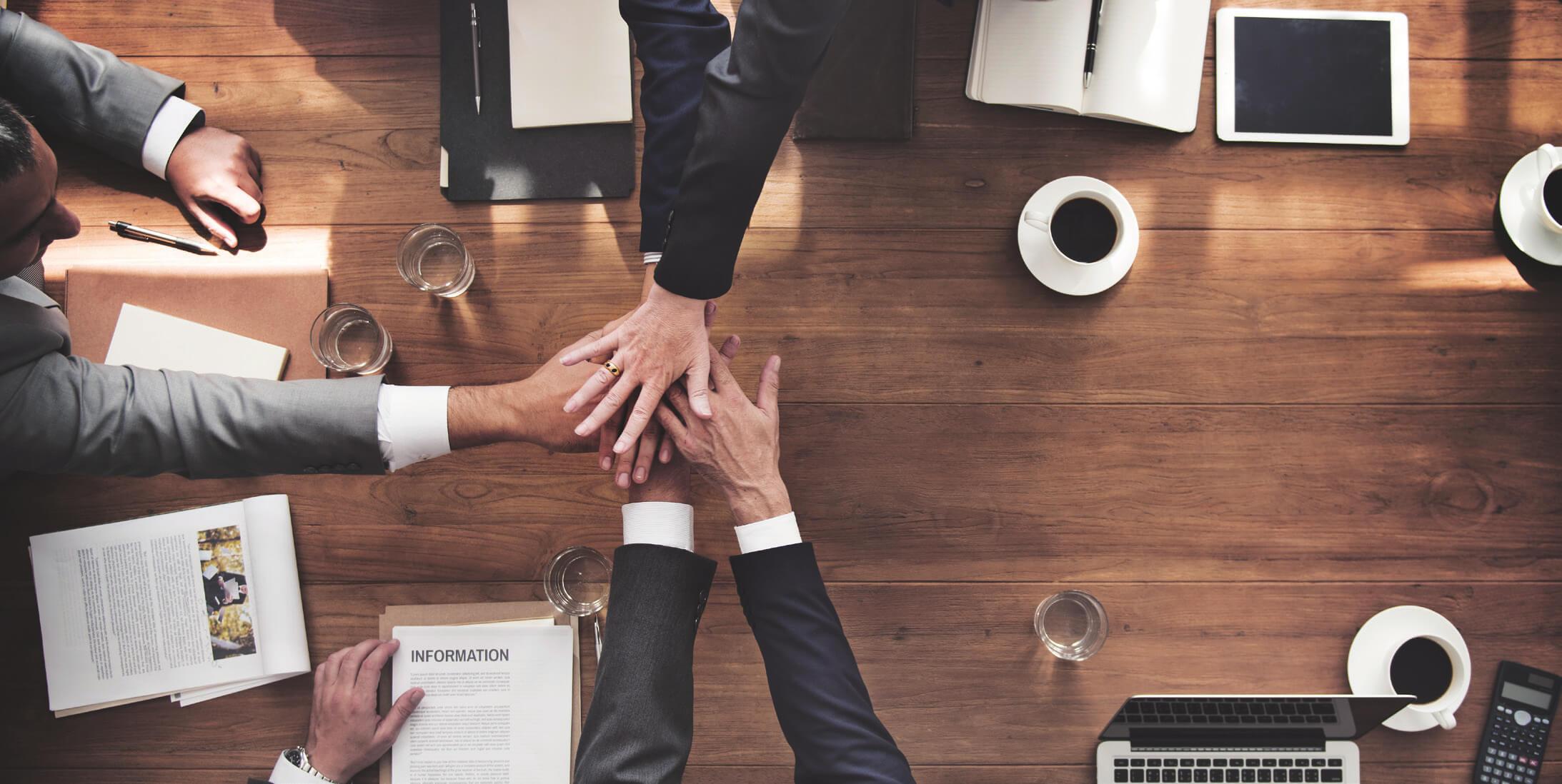 最強のデータ経営:利用拡大と定着化を促進する5つの重要ロールと2つの体制